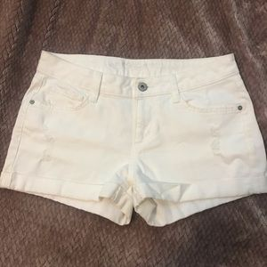NWOT distressed white shorts